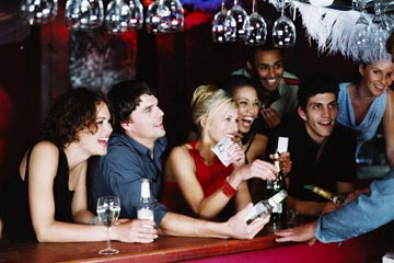 Learn bartending and mixology the professional way behind an actual bar from our qualified instructors!